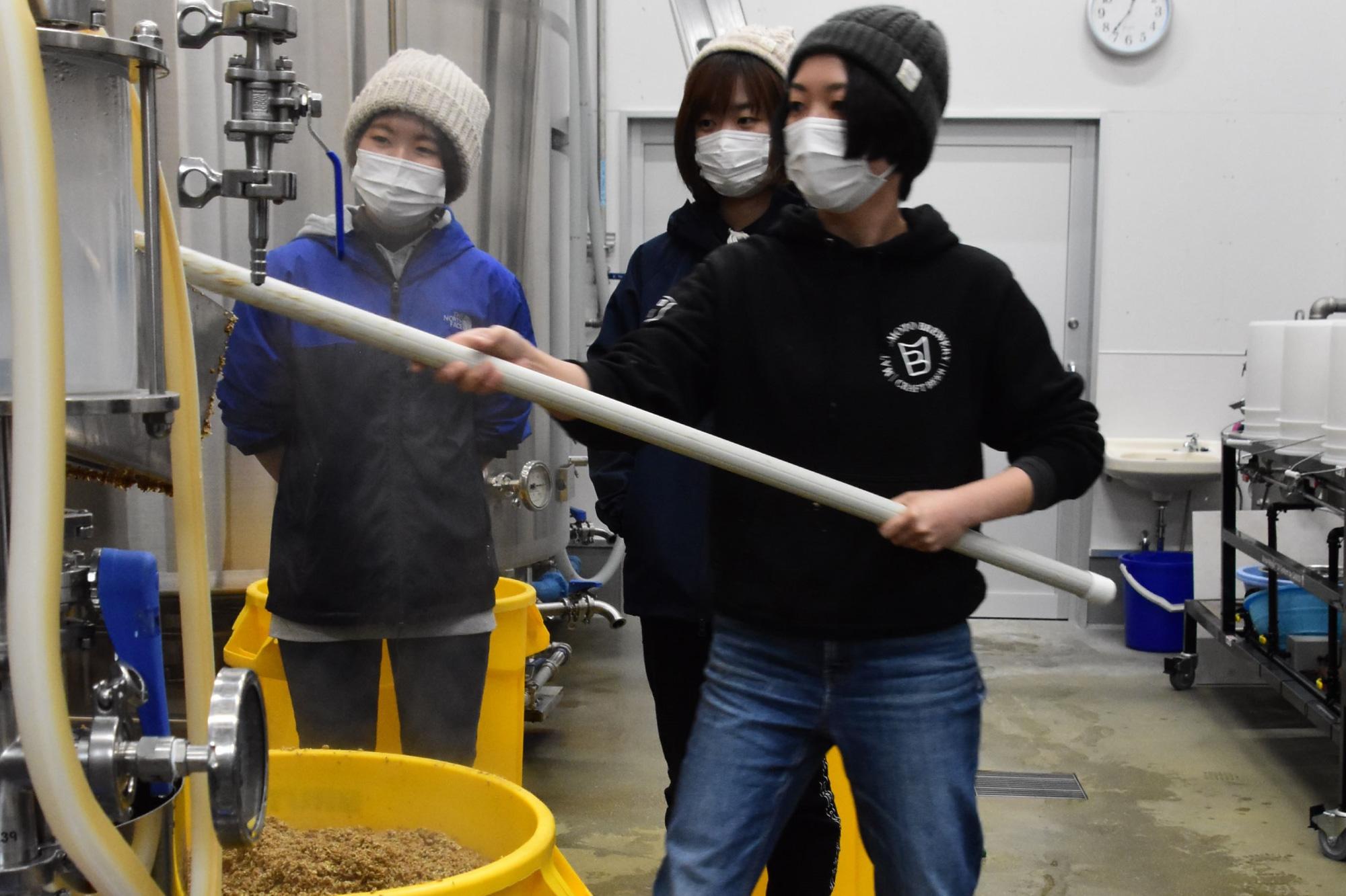 女性の力でビール醸造 松本ブルワリー