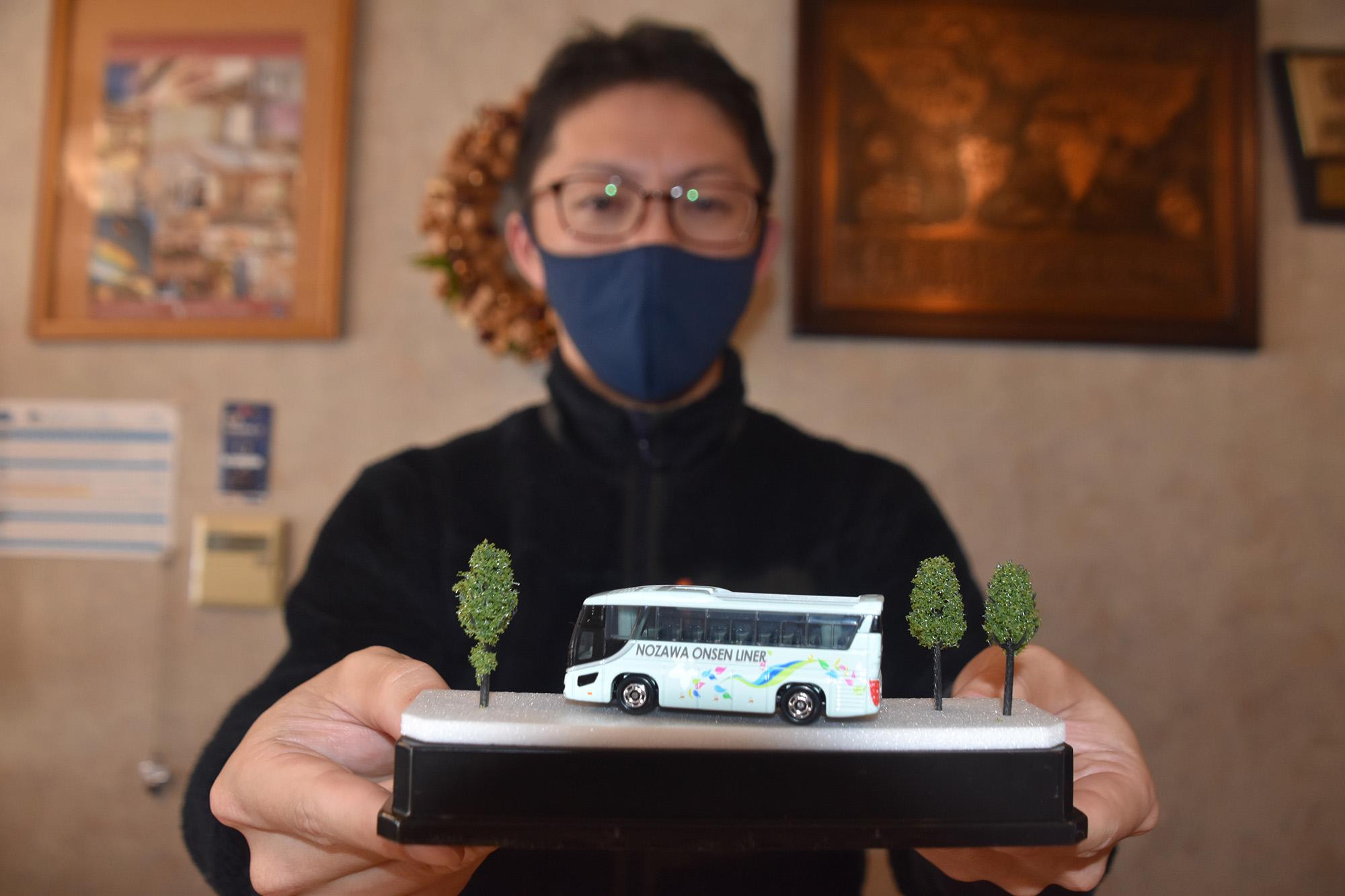 「野沢温泉ライナー」ミニカー 運行5年記念6000個生産