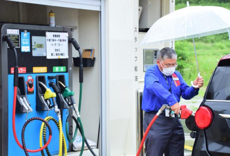 売木村 復活した唯一のガソリンスタンド 本格営業1年 成果と課題